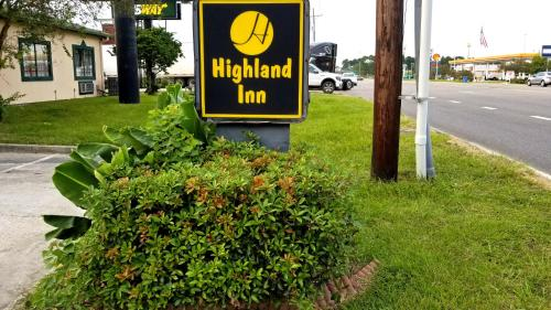 Highland Inn Denham Springs Photo
