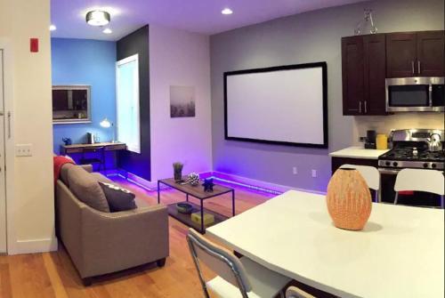Stunning Luxury 2 Bedroom -- Near Nyc Train - Jersey City, NJ 07306