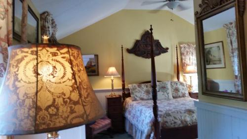 Holiday Guest House Bed & Breakfast Photo