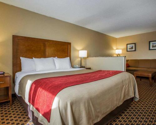 Comfort Inn Joliet Photo