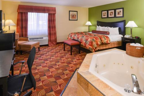 Best Western Plus Canal Winchester Inn/ Columbus Southeast Photo