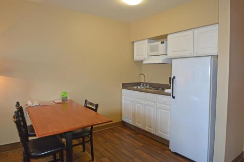 Extended Stay America - Anchorage - Midtown Photo