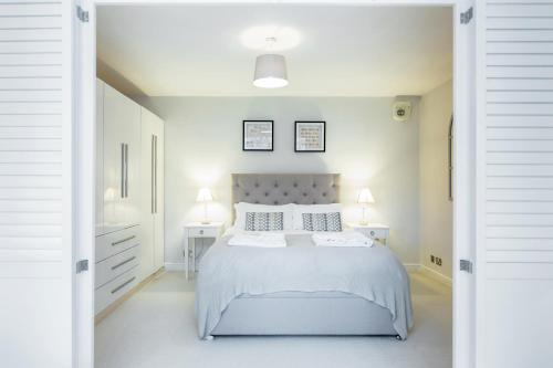 Putney 1 Bed Apartment by BaseToGo a London