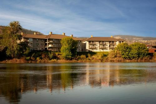 Riverland Inn & Suites - Kamloops, BC V2C 1Y9