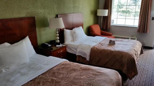 Quality Inn Forsyth Photo