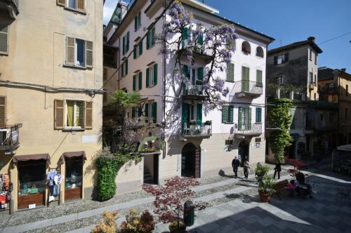 Via Olina 18, 28016 Orta San Giulio, Italy.