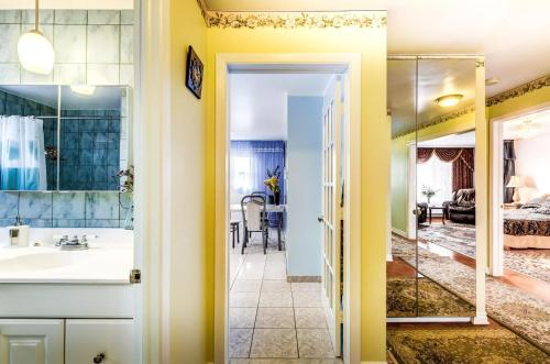 3 bedroom Hotel-Apartment Longueuil