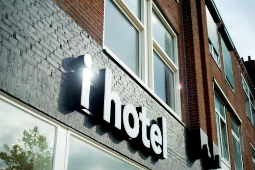 i hotel photo 1