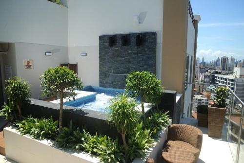 Hilton Garden Inn Panama City Downtown Photo