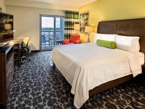 Hilton Garden Inn Charleston Waterfront/Downtown Photo