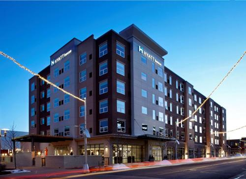 Hyatt House Denver Lakewood Belmar Photo