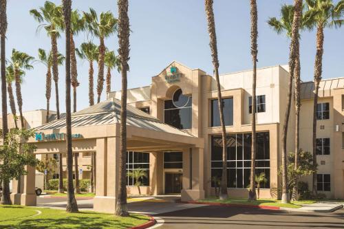 Hyatt House Cypress / Anaheim Photo