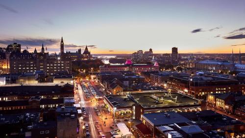 Andaz Ottawa Byward Market-a Concept By Hyatt - Ottawa, ON K1N 7G1