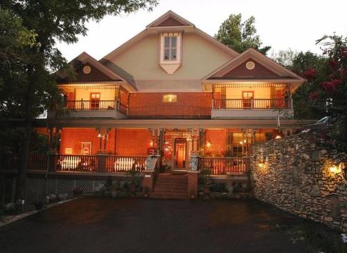 Top Hotel Deals Near Blue Spring Heritage Center Eureka Springs Angel At Rose Hall