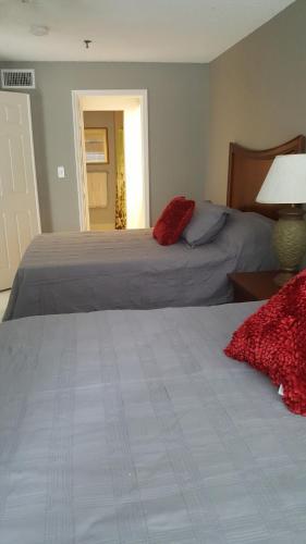 Beautiful Villa Only 5 Min From Disney - Kissimmee, FL 34747