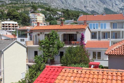 Apartment Baska Voda 6748a