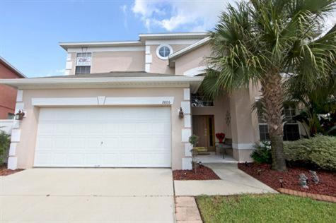 Six Bedroom Villa With Private Pool - Kissimmee, FL 34747