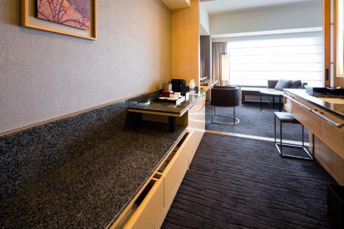 The Capitol Hotel Tokyu photo 89
