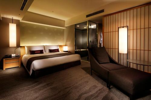 The Capitol Hotel Tokyu photo 98
