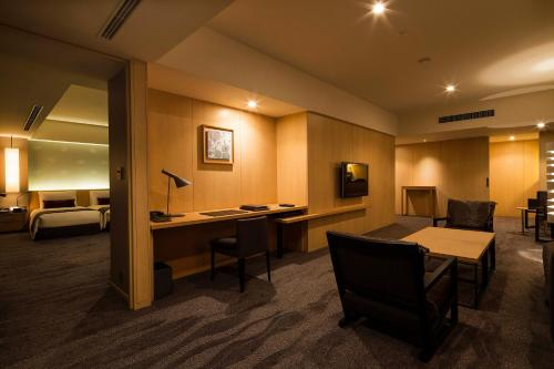 The Capitol Hotel Tokyu photo 101