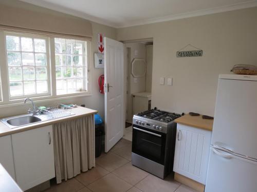 AppleBee Guest Cottage Photo