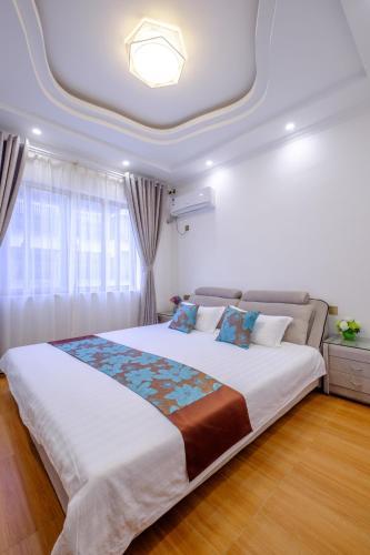 Wuzhen Zhanlaojia Inn