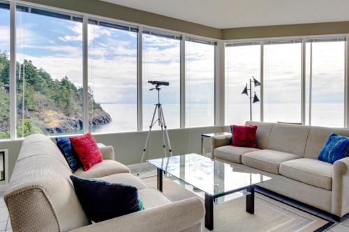 Seascape Panorama House - Anacortes, WA 98221