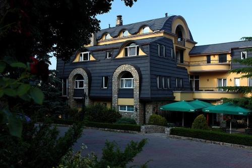 Хотел Шатор