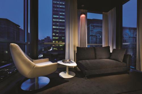 Hotel Zero 1 Montreal Photo