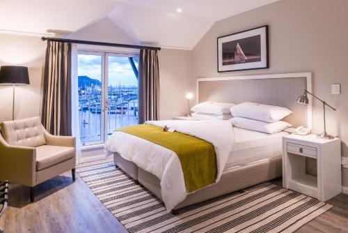 aha Simon's Town Quayside Hotel Photo