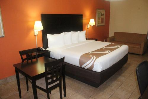 Quality Inn & Suites Mercedes