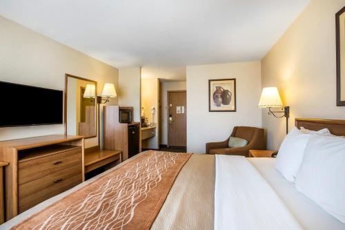 Comfort Inn Lone Pine Photo