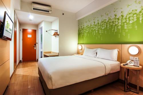 Zest Hotel Harbour Bay Batam photo 11