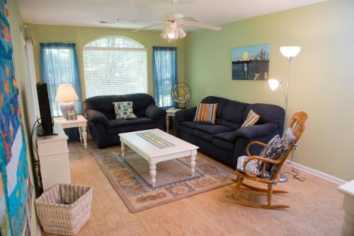 Pawley's True Blue - Pawleys Island, SC 29585