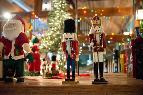 Santa's Lodge - Santa Claus, IN 47579