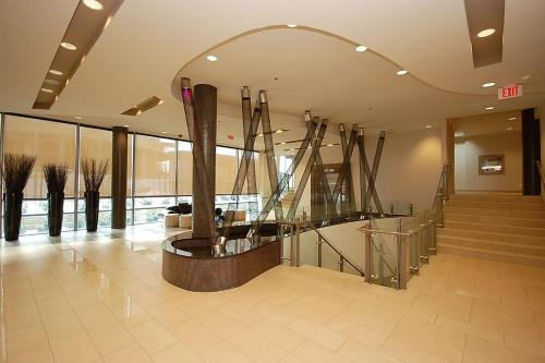 Apartment Near Square One - Mississauga, ON L4Z 0A9