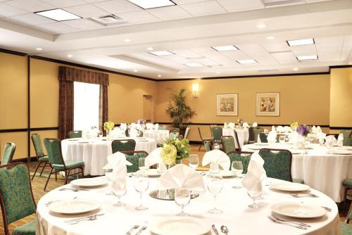 Hilton Garden Inn Warner Robins - Warner Robins, GA 31093