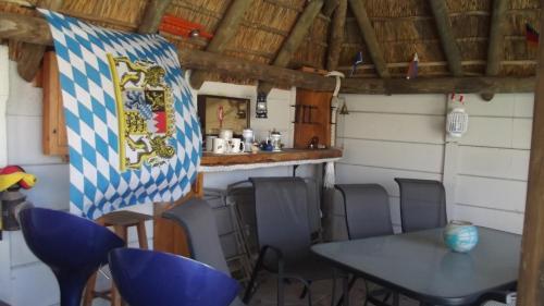 Cottage on Weaver Photo