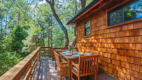 Sky Rock Lodge Photo