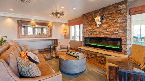 Best Western Plus CottonTree Inn Photo