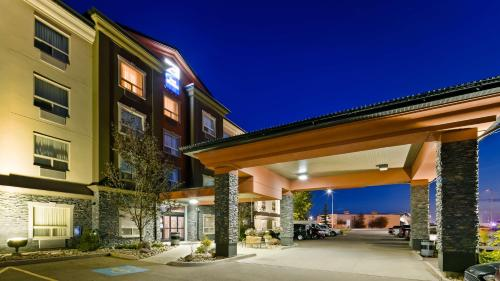 Best Western Bonnyville Inn & Suites Photo