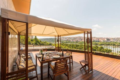 Istanbul Goldenhorn Apartments tek gece fiyat