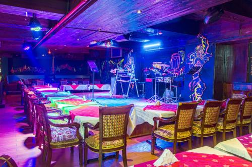 Ramee Guestline Hotel photo 30