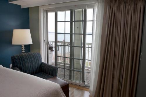 Watkins Glen Harbor Hotel Photo