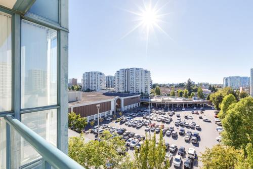 Comfortable 2 Bdr 2ba Condo Near Richmond Centre - Richmond, BC V6X 4A2