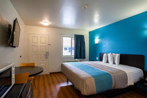 Motel 6 Ventura Downtown Photo