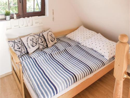 Two-Bedroom Holiday Home in Nowe Warpno photo 16
