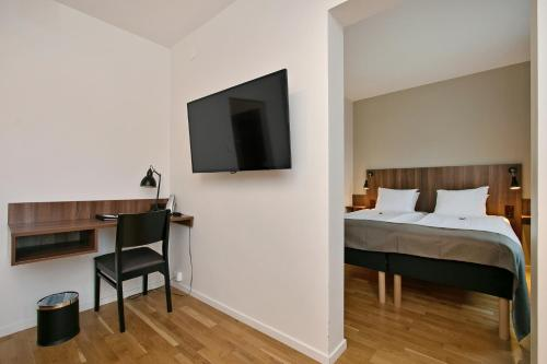 First Hotel Brommaplan photo 7