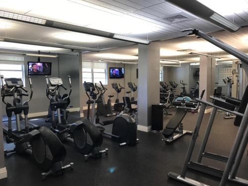 The Tides Apartment - Hollywood, FL 33019