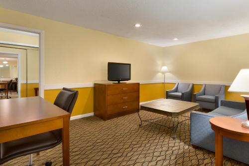 Country Inn & Suites By Radisson Mishawaka In - Mishawaka, IN 46545